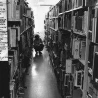 Otavankatu. Kirjasto on kirjoja täynnä