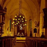 Nousiaisten Pyhän Henrikin kirkko jouluaattona