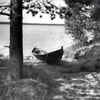 Pentti Haanpään vene Lamujärven rannalla