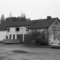 Nousiaisten Nummella oleva rakennus