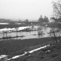 1990-02-003.jpg