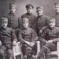 Valkokaartilaisia vuonna  1918