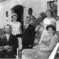 Kauko Nikkilä ja perhe.jpg