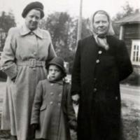 Aili ja Elsa Haanpää sekä Anna-Liisa Piippo