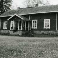 Savikukko, Niinikosken vanha kansakoulu