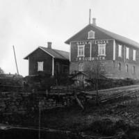 Suomisen nahkatehdas 1900-luvun alussa