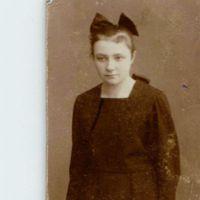 Nuori nainen 1920-luvulta