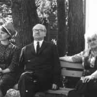 Leena-tytär sekä Lauri ja Anna-Maija Kärävä 1965