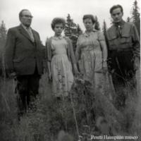 Elsa ja Aili Haanpää sekä Johannes ja Niilo Partanen