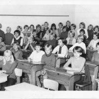 Iisalmen tyttölyseon 1D-luokka, opettaja Tuulikki Lintula