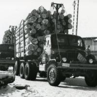Orimattilan sahan kuorma-autoja vuonna 1958