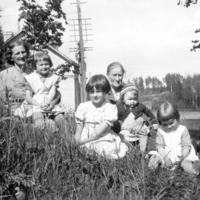 1955 pihalla.jpg