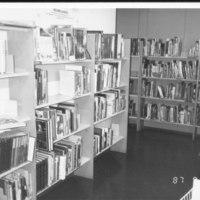 Otavankatu 1987. Palautuskärry paikalleen