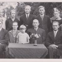 Hannes ja Sanni Vuorisalmen perhe.jpg