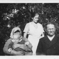 Väisästen perhe loppukesällä 1936
