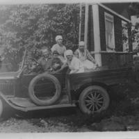 Mauno Perttilän ensimmäinen auto.jpg