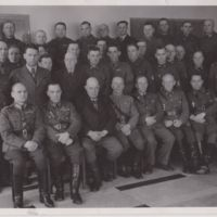 Sotilaita ryhmäkuvassa