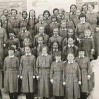 Pikkulottia Mäentalon rappusilla 16.3.1936
