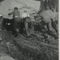 Siirtyminen Petsamosta Karhumäkeen 1942.jpg