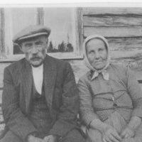 Kylänohtan viimeiset asukkaat Hermanni ja Tiina Pulkkinen